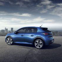Фотография экоавто Peugeot e-208 - фото 5