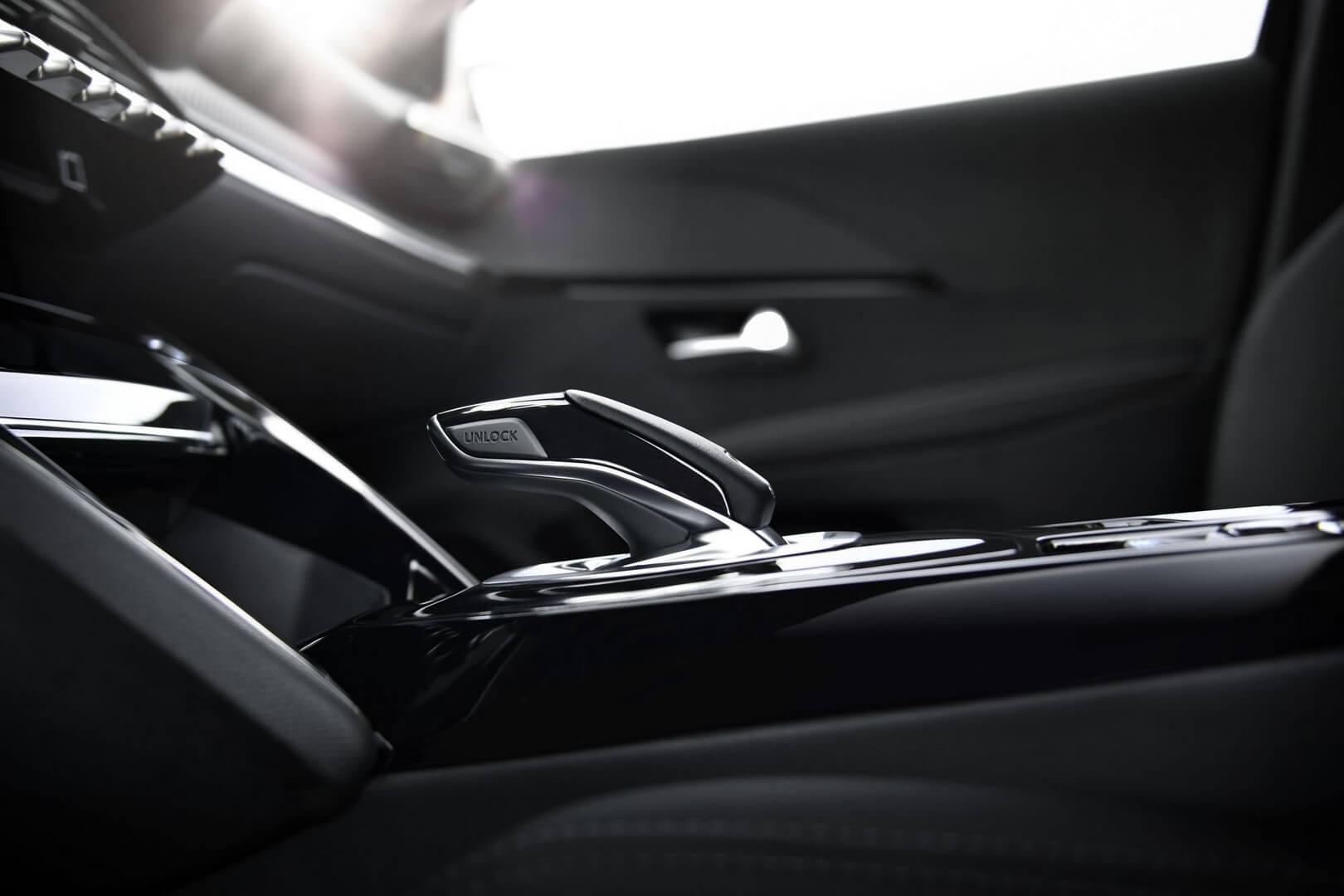 Фотография экоавто Peugeot e-208 - фото 30