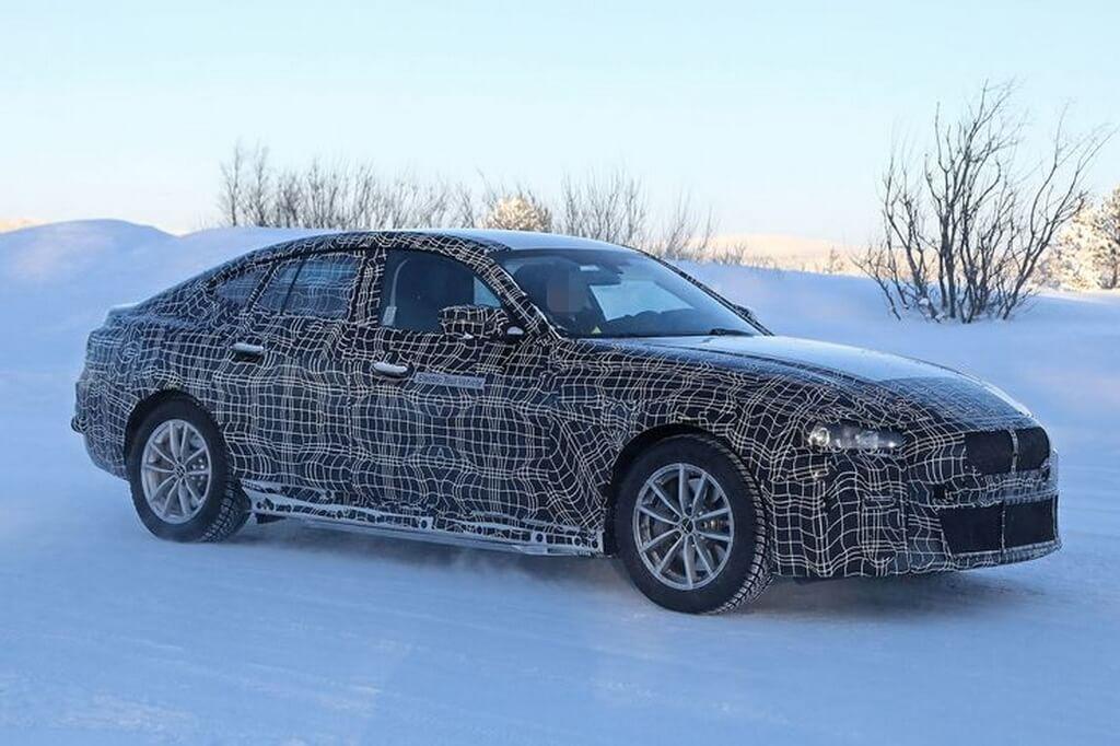 Шпионские снимки электромобиля BMW i4 - фото 2