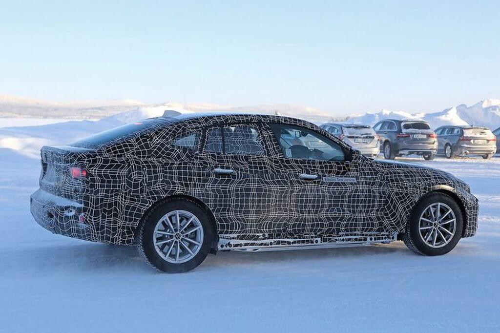 Шпионские снимки электромобиля BMW i4 - фото 3