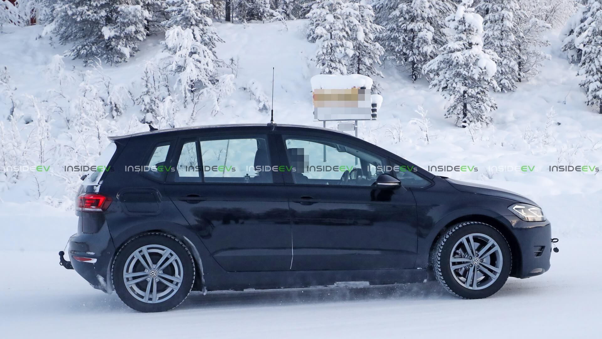 Тестовый электромобиль на базе Volkswagen Golf Sportsvan - фото 2
