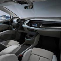 Фотография экоавто Audi Q4 e-tron - фото 15