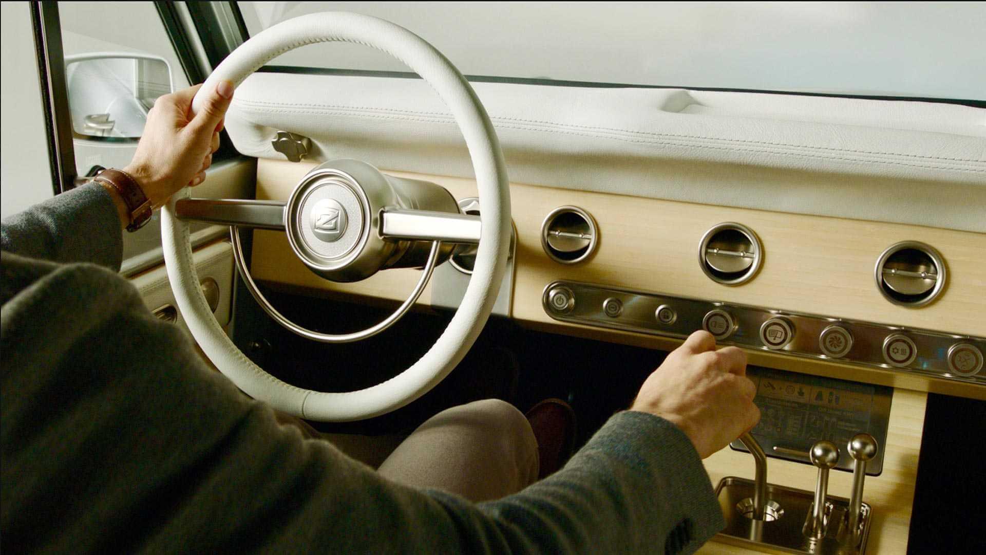 Приборная панель электромобиля Ford Bronco