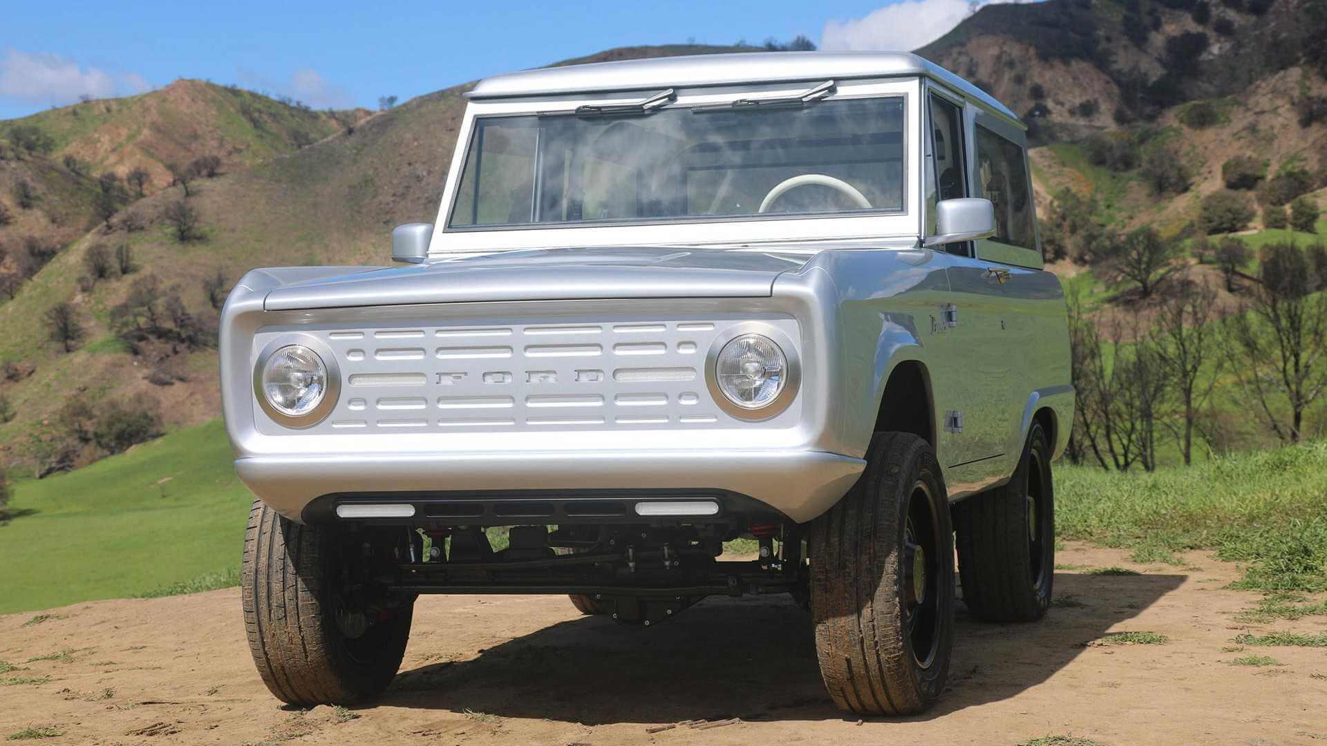 Компания Zero Labs превратила оригинальный внедорожник Ford Bronco вэлектрический автомобиль