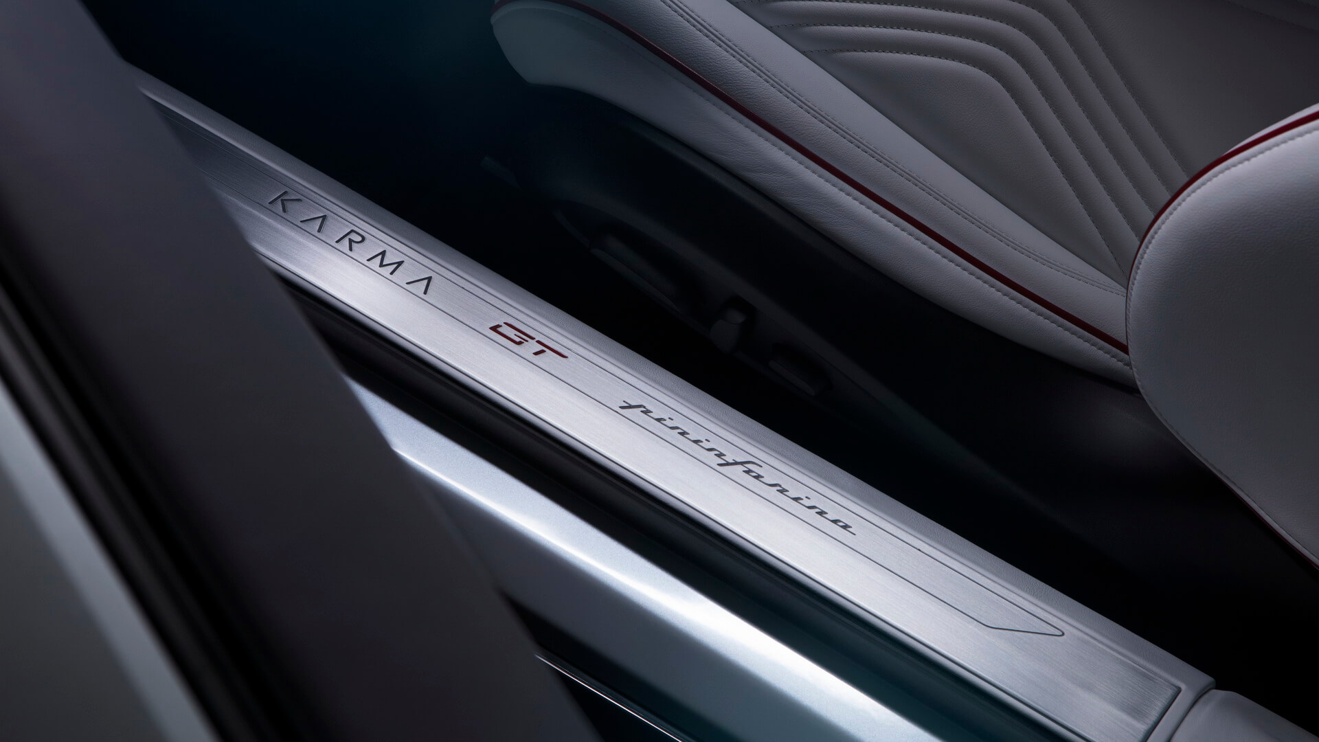 Интерьер салона Karma Pininfarina GT