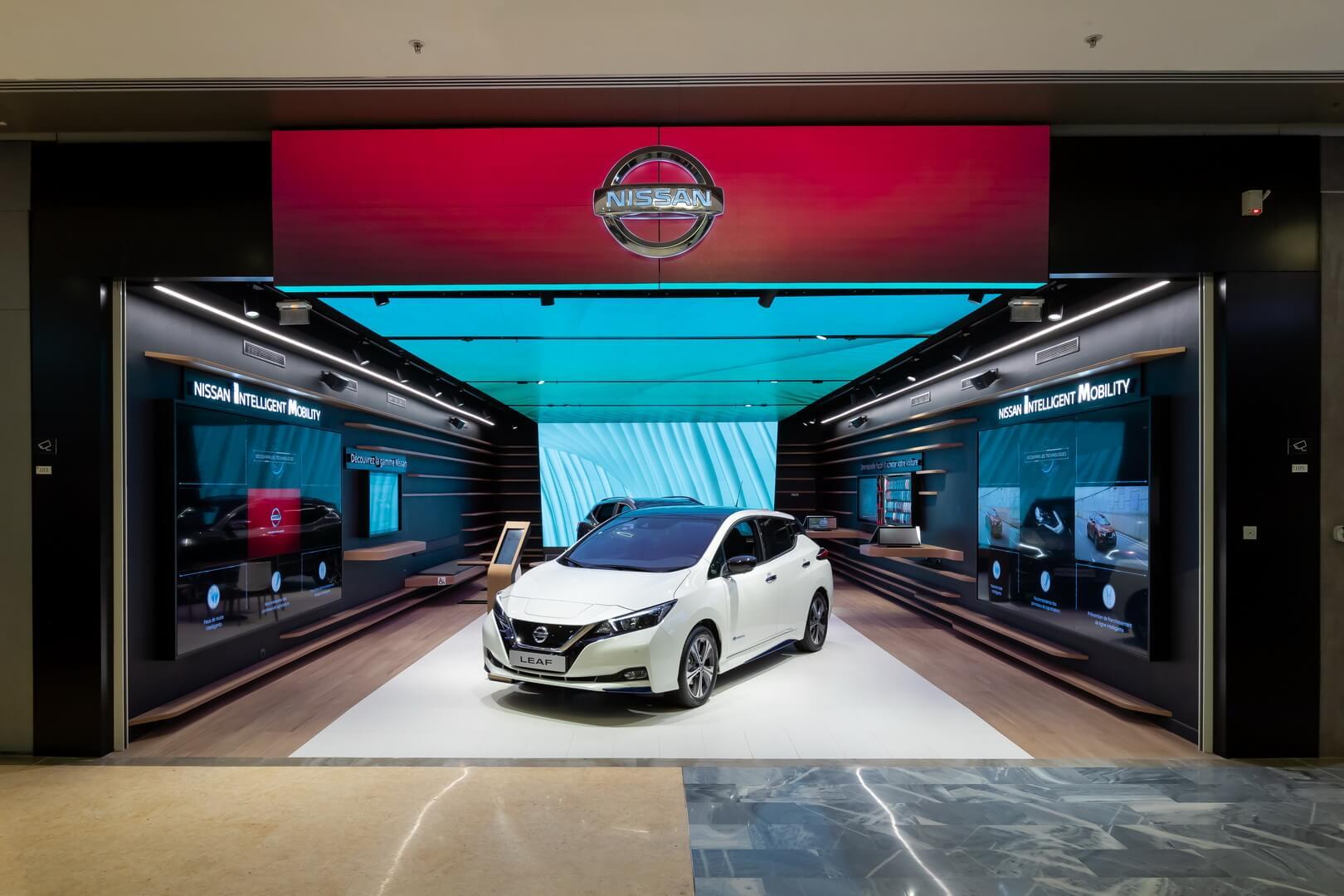 Nissan City Hub в Париже