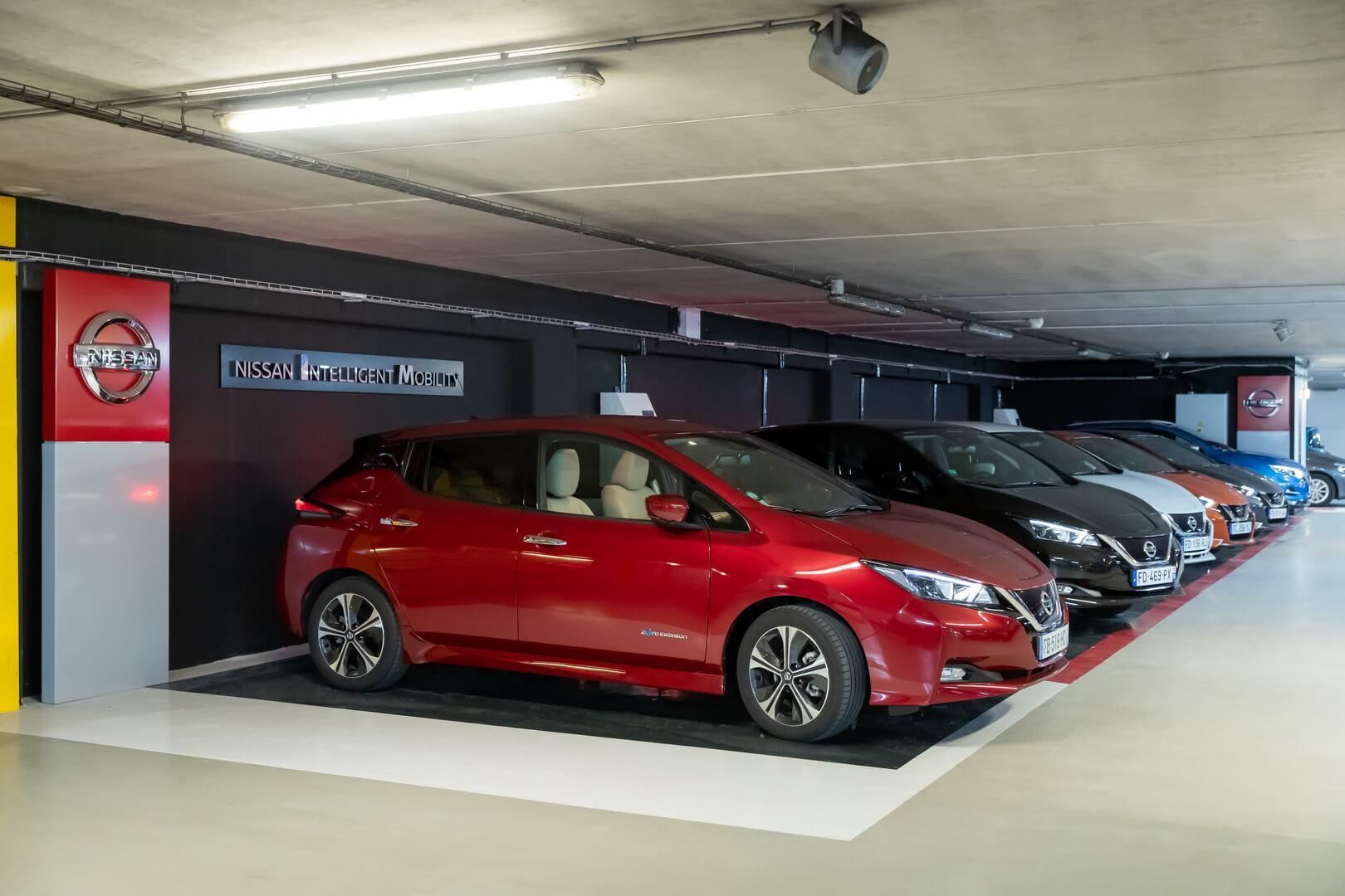 Первый салон электромобилей Nissan