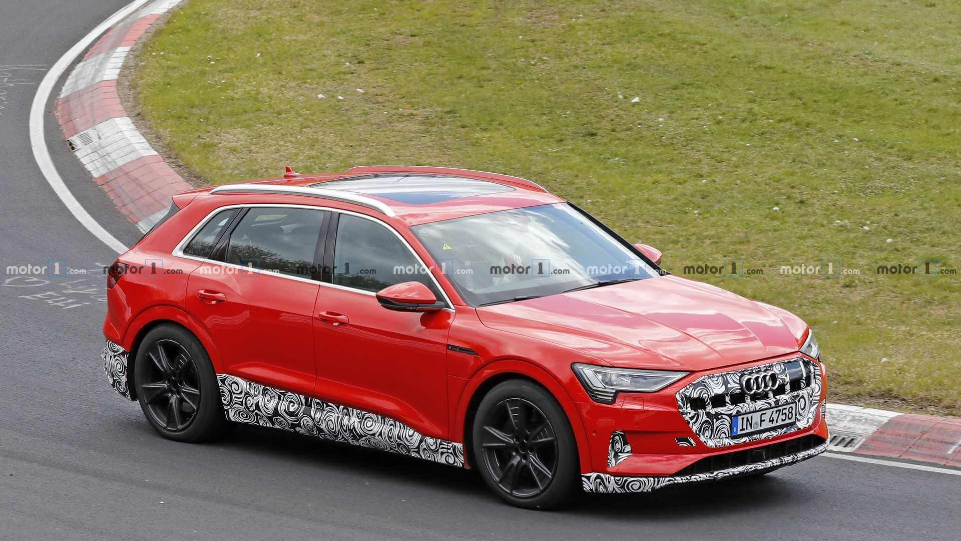 Audi e-tron QuattroS