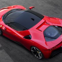 Фотография экоавто Ferrari SF90 Stradale - фото 9