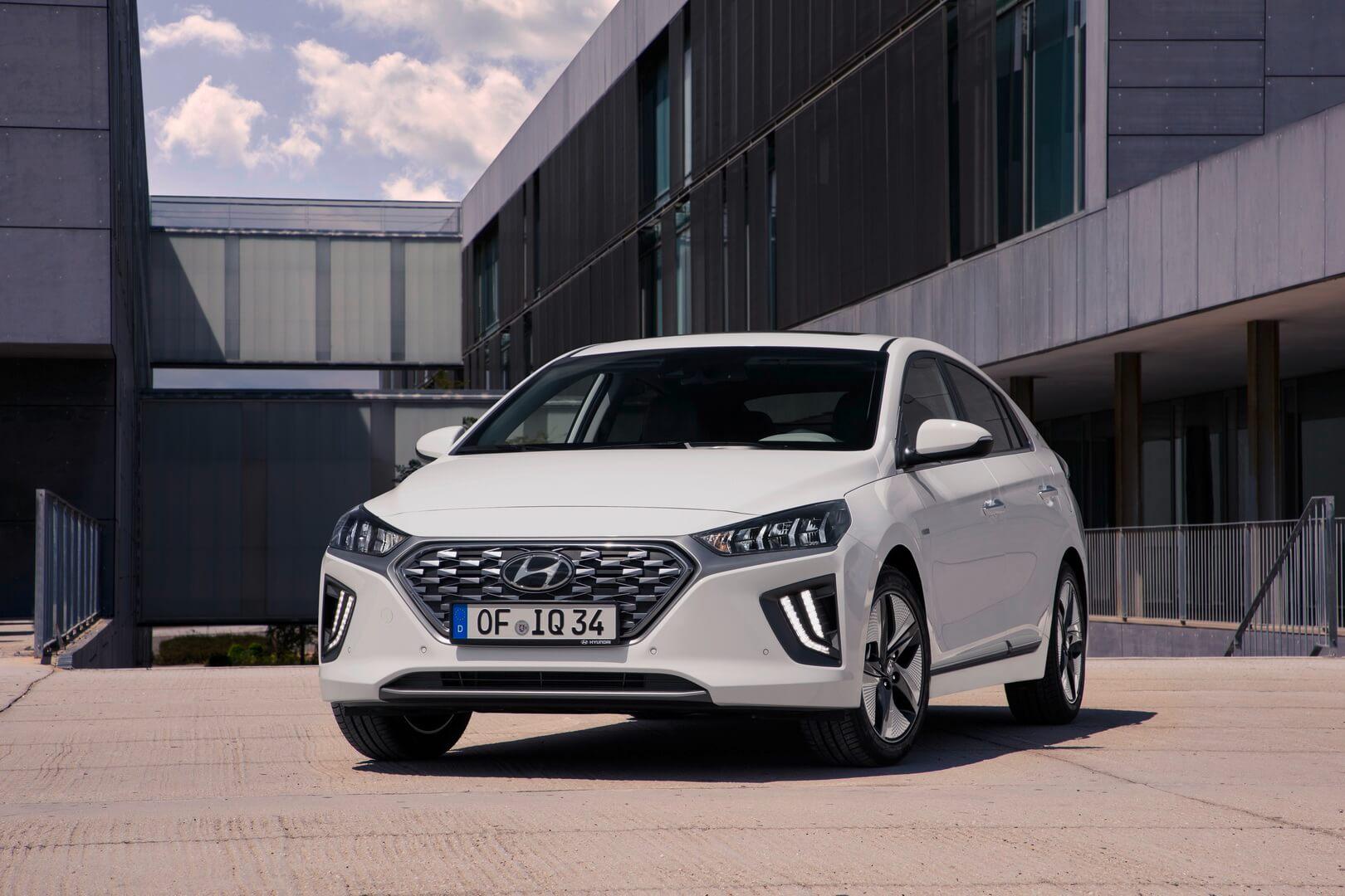 Фотография экоавто Hyundai IONIQ Hybrid 2019 - фото 15