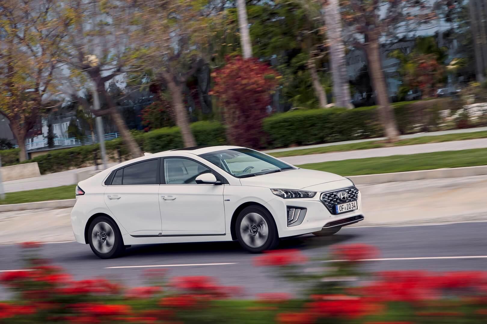 Фотография экоавто Hyundai IONIQ Hybrid 2019 - фото 11