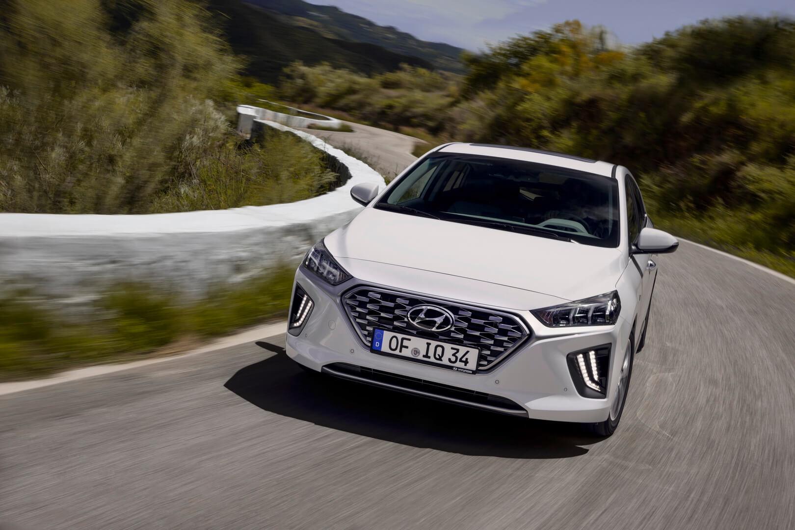 Фотография экоавто Hyundai IONIQ Hybrid 2019 - фото 9