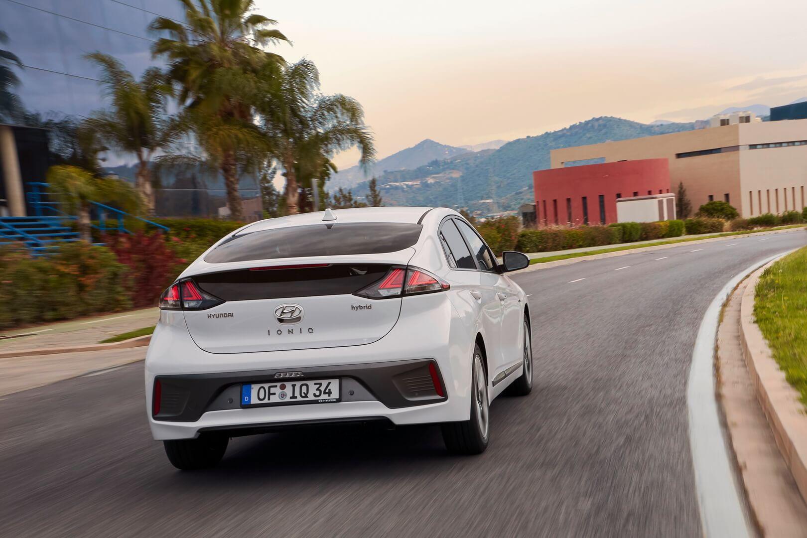 Фотография экоавто Hyundai IONIQ Hybrid 2019 - фото 4