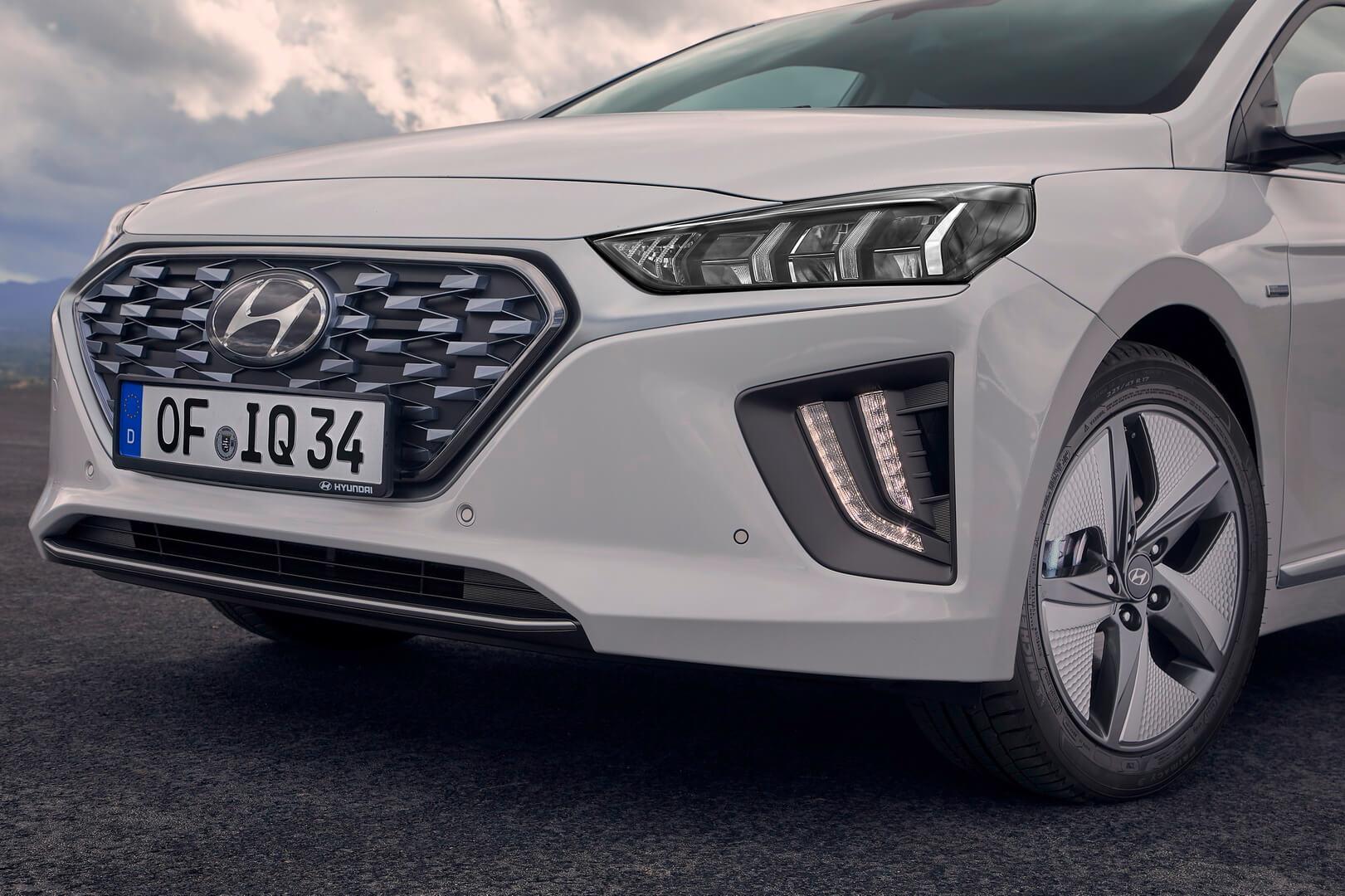 Фотография экоавто Hyundai IONIQ Hybrid 2019 - фото 3