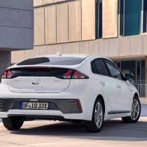 Фотография экоавто Hyundai IONIQ Plug-in Hybrid 2019 - фото 15