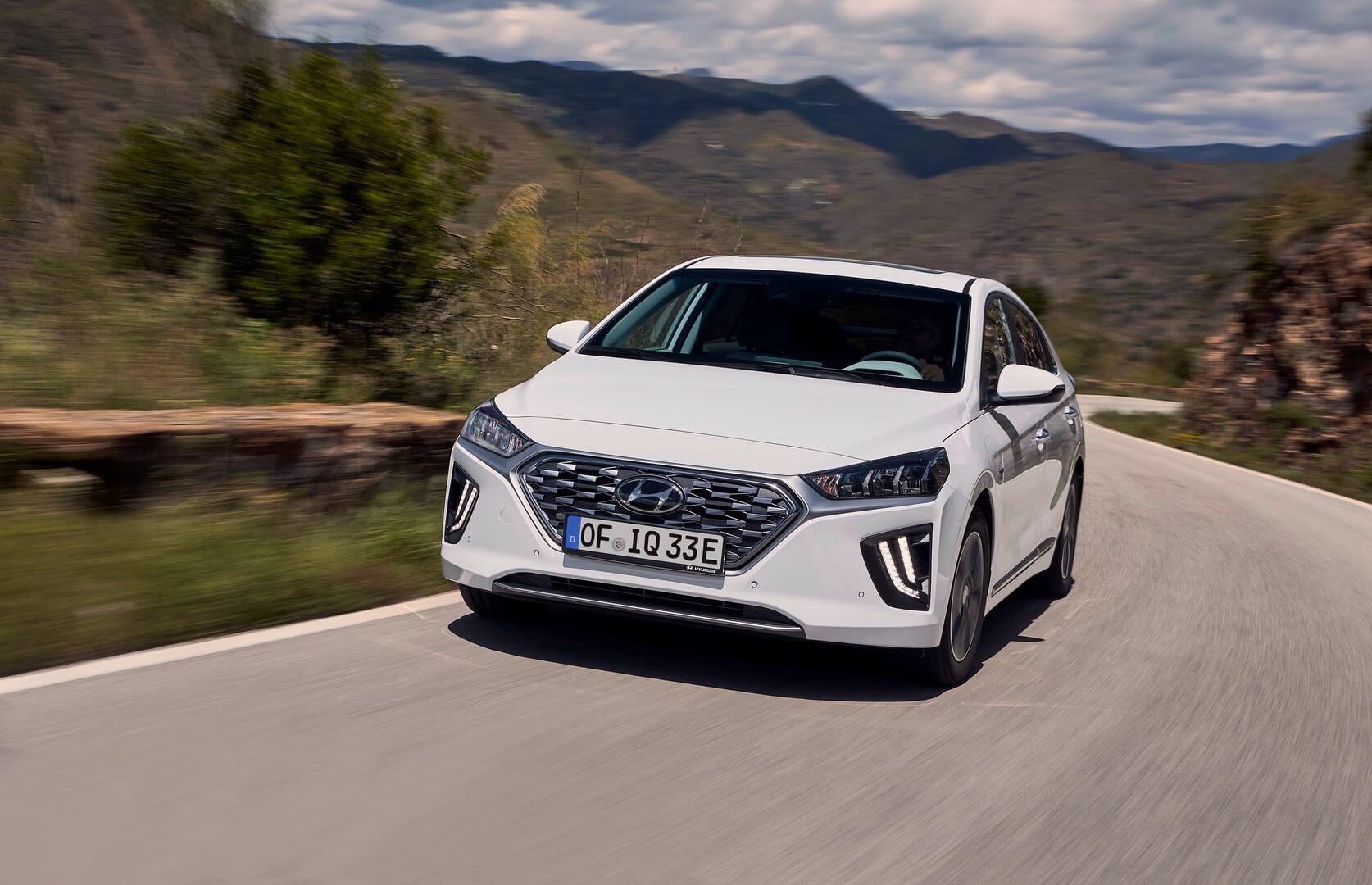 Фотография экоавто Hyundai IONIQ Plug-in Hybrid 2019 - фото 9