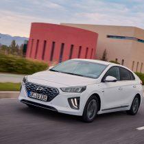 Фотография экоавто Hyundai IONIQ Plug-in Hybrid 2019 - фото 7