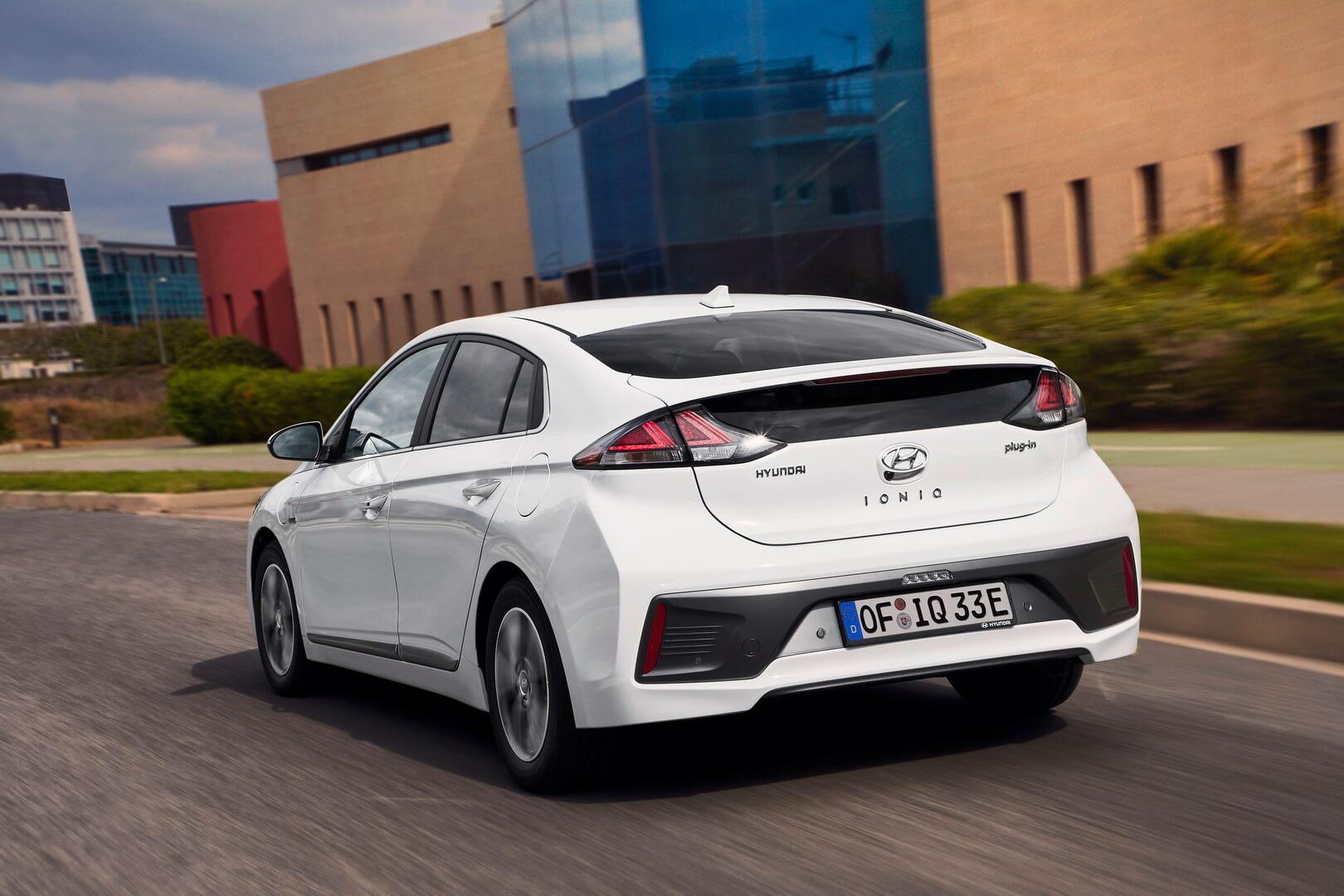 Фотография экоавто Hyundai IONIQ Plug-in Hybrid 2019 - фото 6