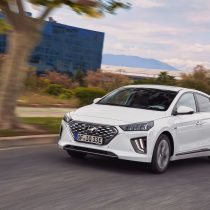 Фотография экоавто Hyundai IONIQ Plug-in Hybrid 2019 - фото 5