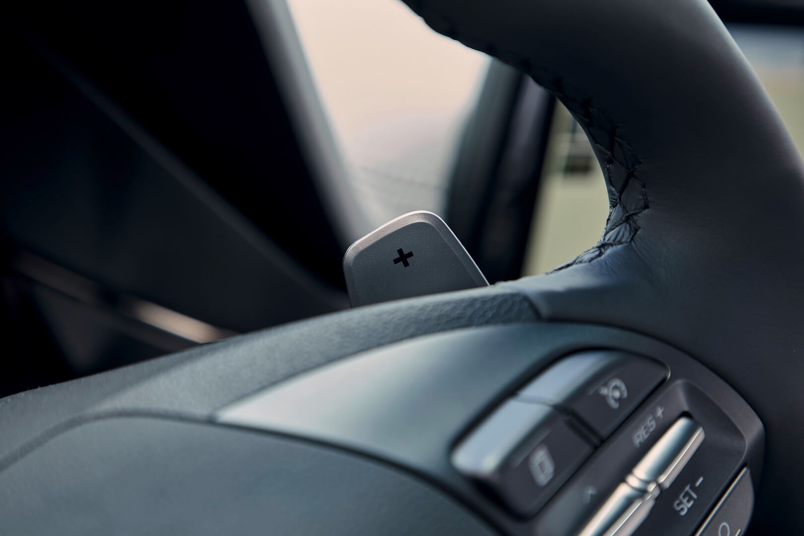 Фотография экоавто Hyundai IONIQ Plug-in Hybrid 2019 - фото 19