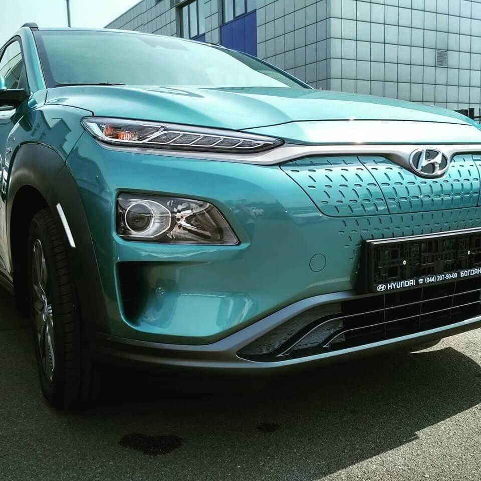 Первые 20 Hyundai Kona Electric прибыли к своим владельцам в Украине