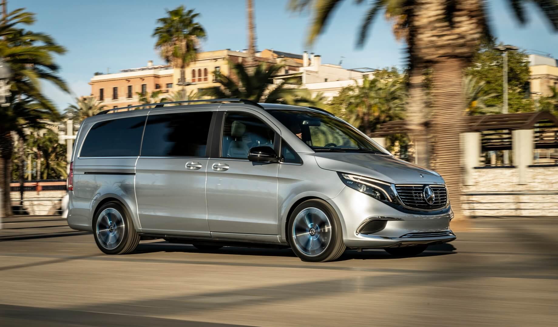 Mercedes-Benz Concept EQV совершил свою первую публичную поездку