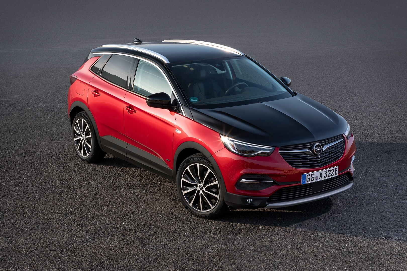 Фотография экоавто Opel Grandland X Hybrid4 - фото 2