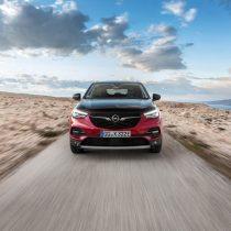 Фотография экоавто Opel Grandland X Hybrid4 - фото 7
