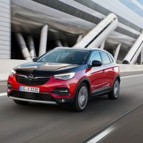 Фотография экоавто Opel Grandland X Hybrid4 - фото 5
