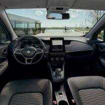 Фотография экоавто Renault ZOE Z.E. 50 - фото 24