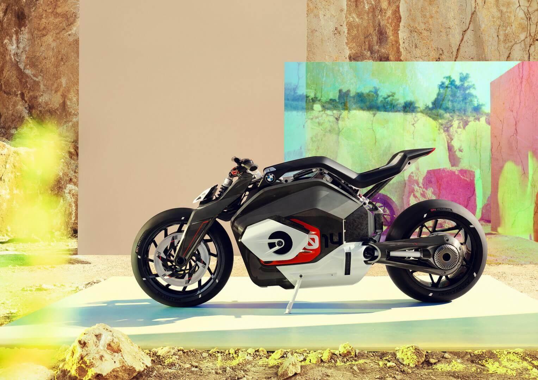 Vision DC Roadster: концепт электробайка BMW из алюминия и карбона