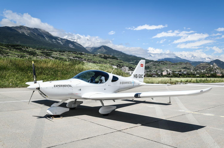Электрический самолет Н55 совершил первый испытательный полет