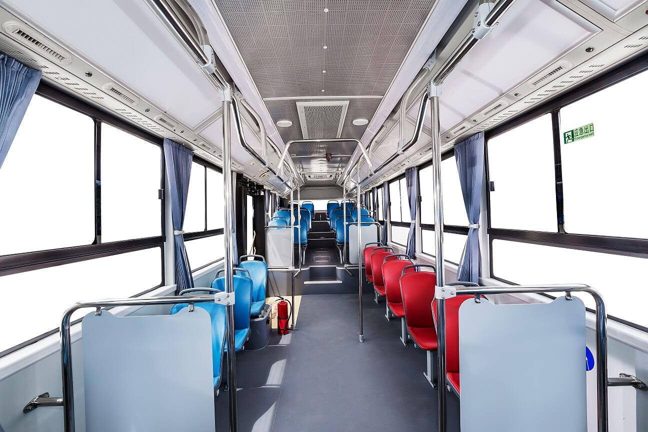 Салон водородного автобуса Geely F12