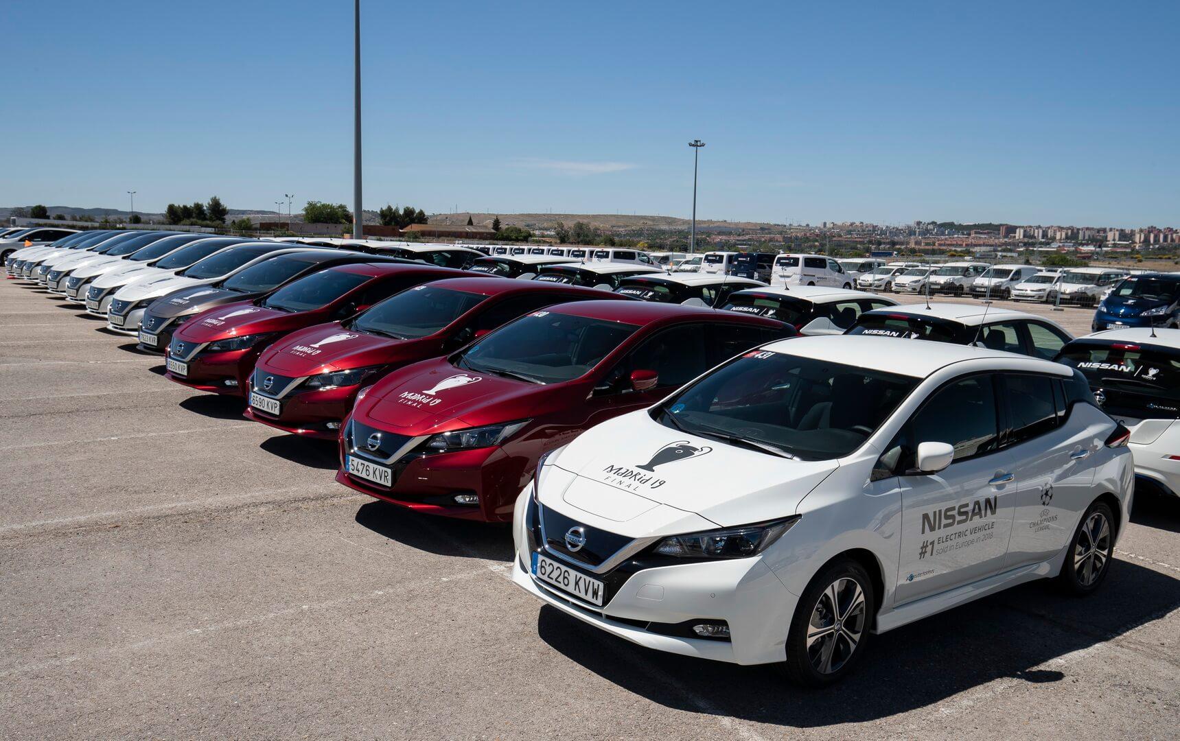 363 электрокара Nissan обслуживали финал Лиги чемпионов