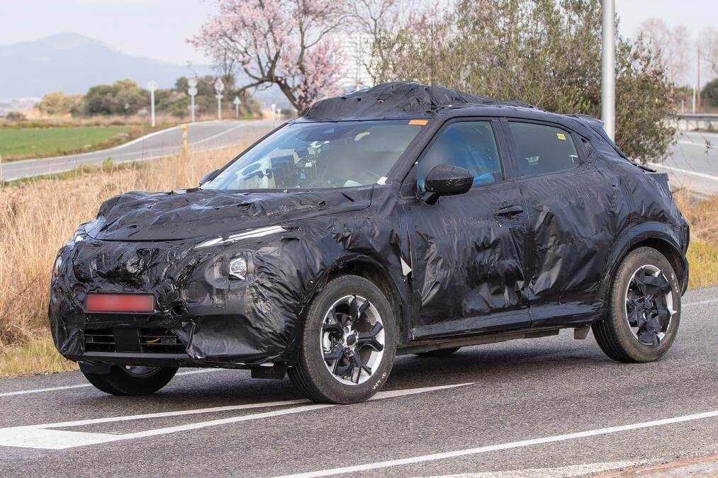 Шпионский снимок Nissan Juke 2020
