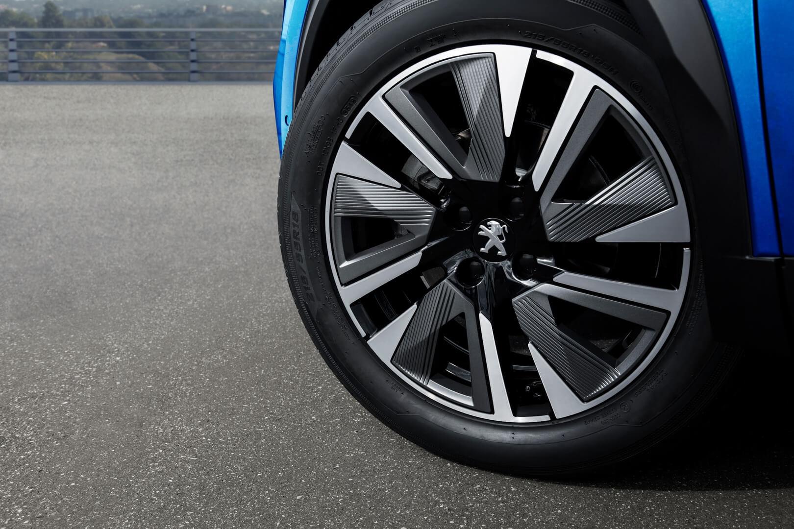 Колесные диски электрического кроссовера Peugeot e-2008