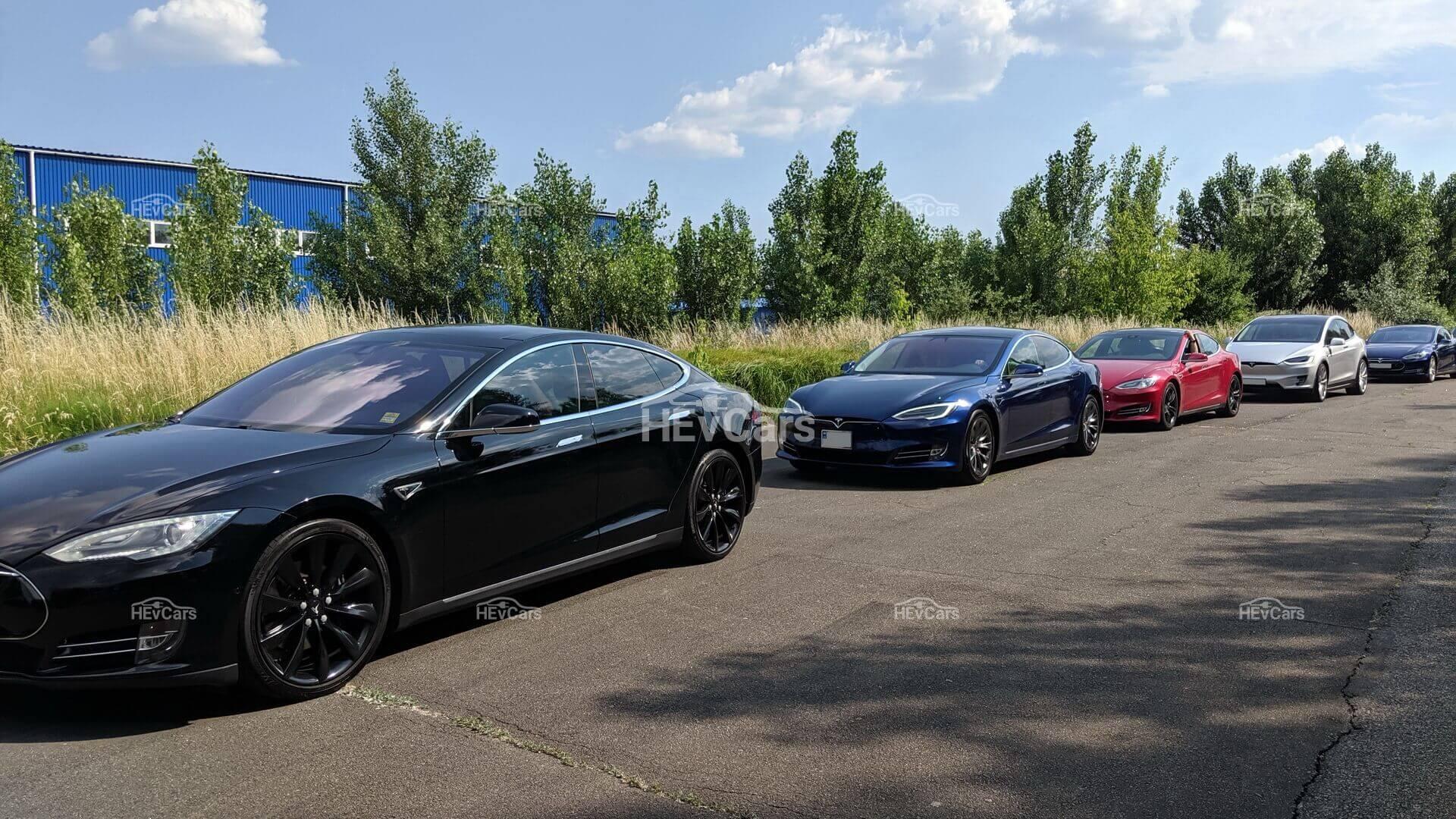ARK Invest: Продажи электромобилей Tesla вырастут до 3 млн авто к 2023 году