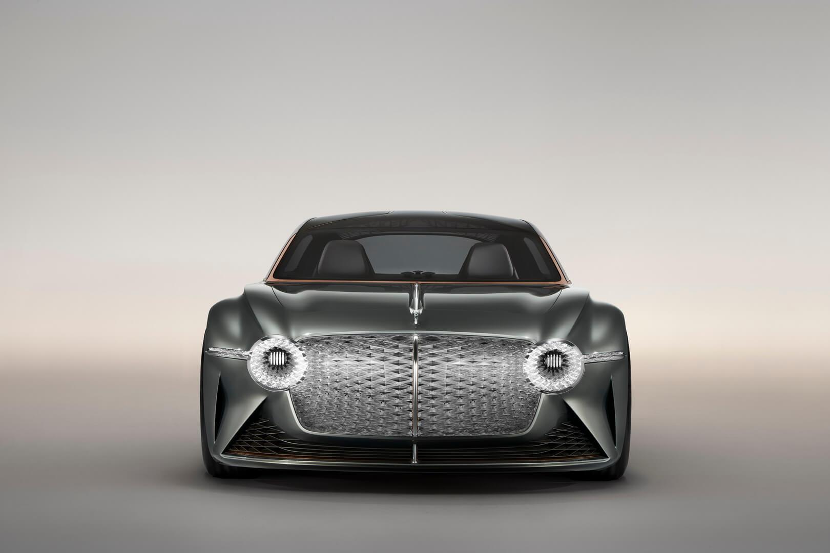 Электрический концепт Bentley EXP 100 GT - вид спереди