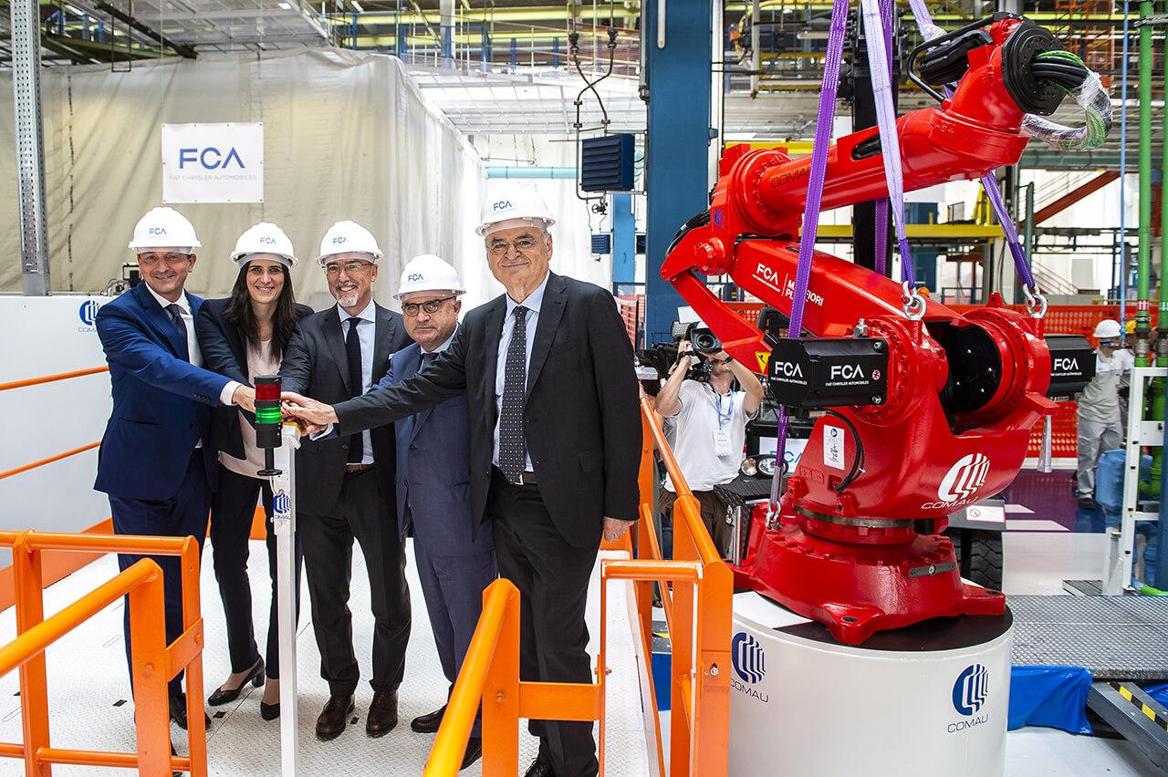 Автопроизводитель установил первого робота на новой производственной линии в Турине, Италия