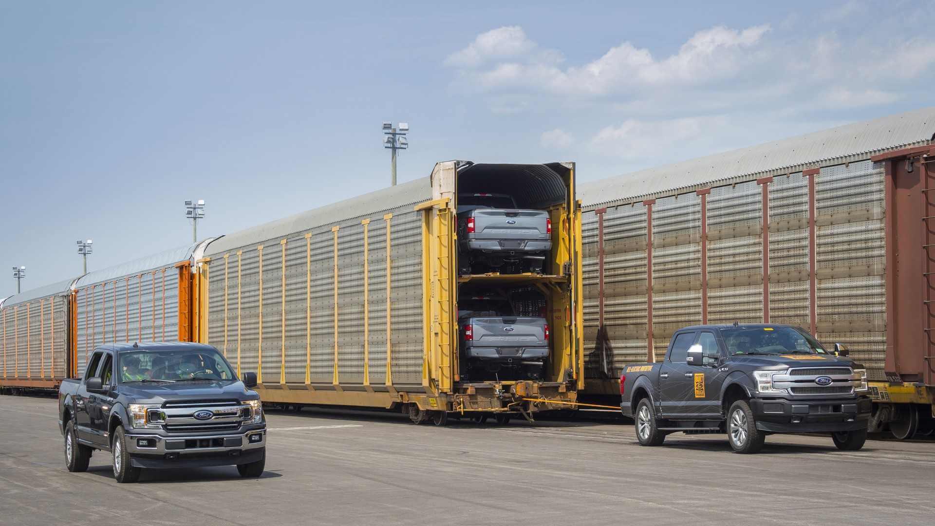 Прототип электрического F-150 буксирует состав массой более 500 000 кг