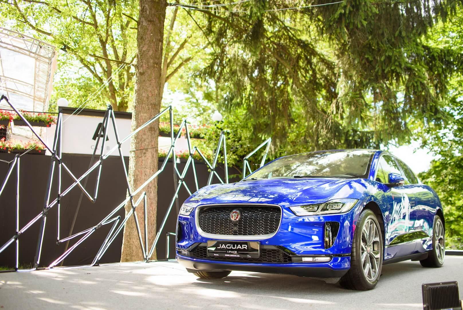 Первый премиальный полностью электрический кроссовер Jaguar I-Pace на Leopolis Jazz Fest 2019