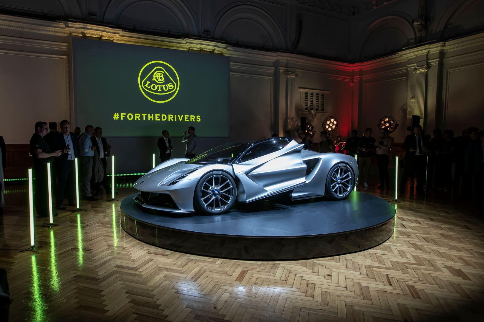 Презентация Lotus Evija в Великобритании