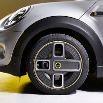 Фотография экоавто MINI Cooper SE - фото 10