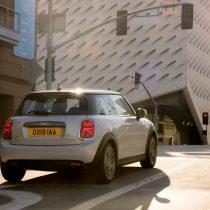 Фотография экоавто MINI Cooper SE - фото 23