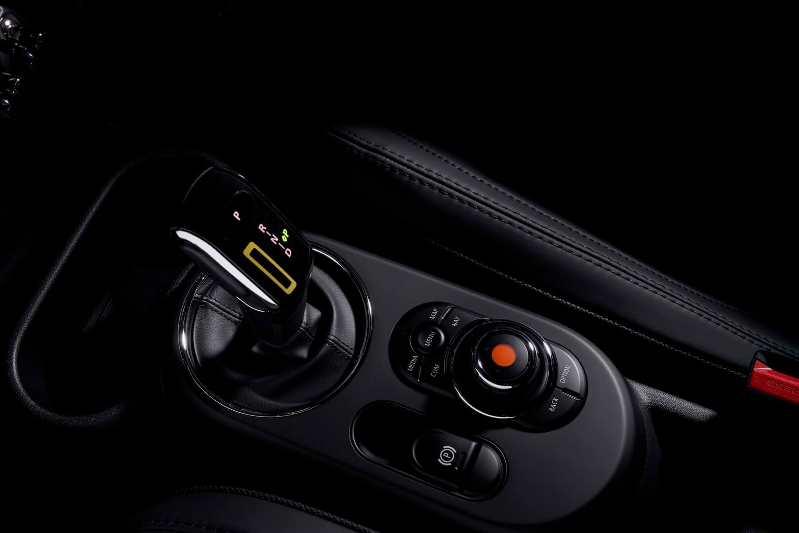 Фотография экоавто MINI Cooper SE - фото 28