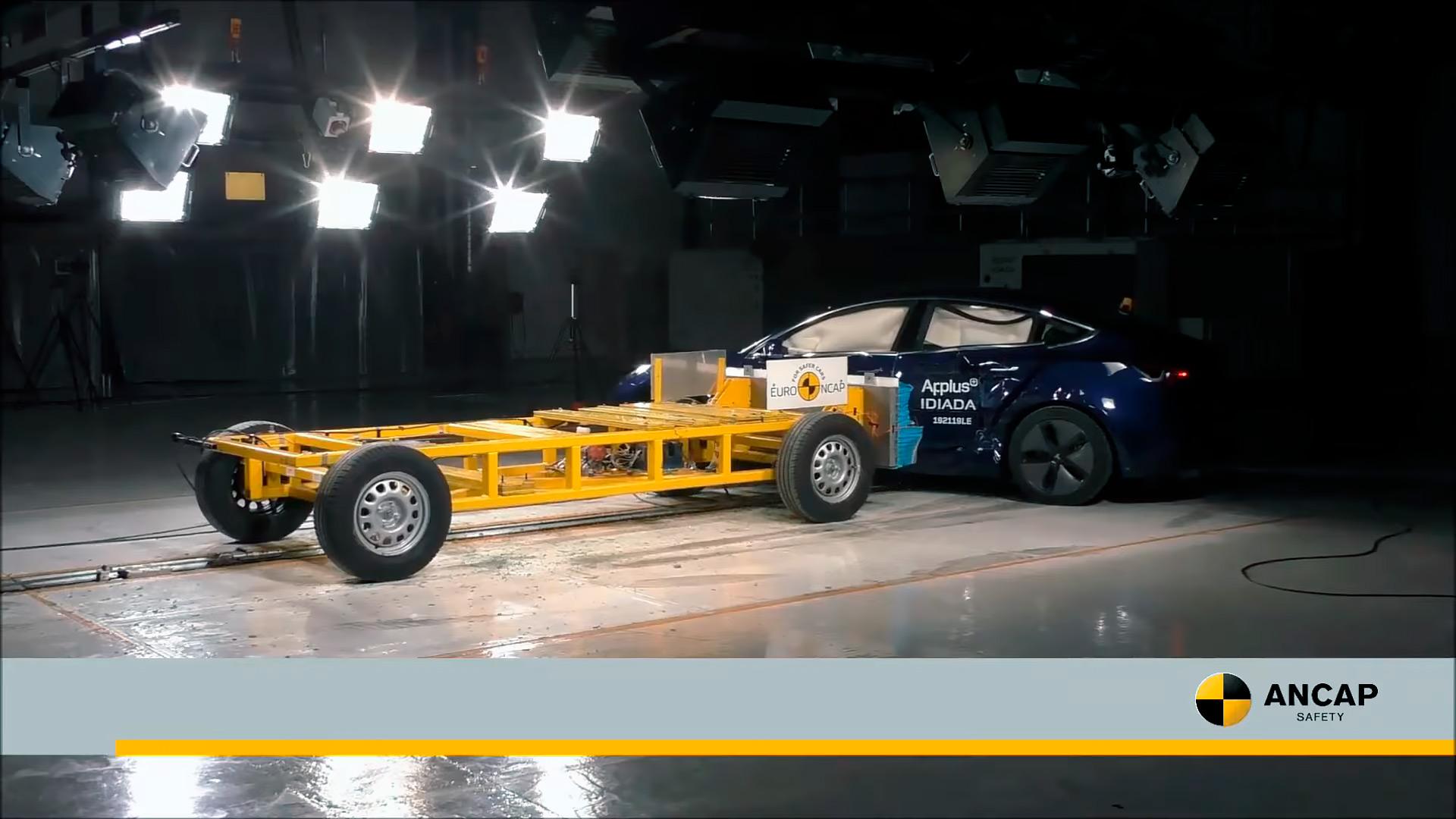 Australian NCAP присуждает Model 3 высший рейтинг безопасности