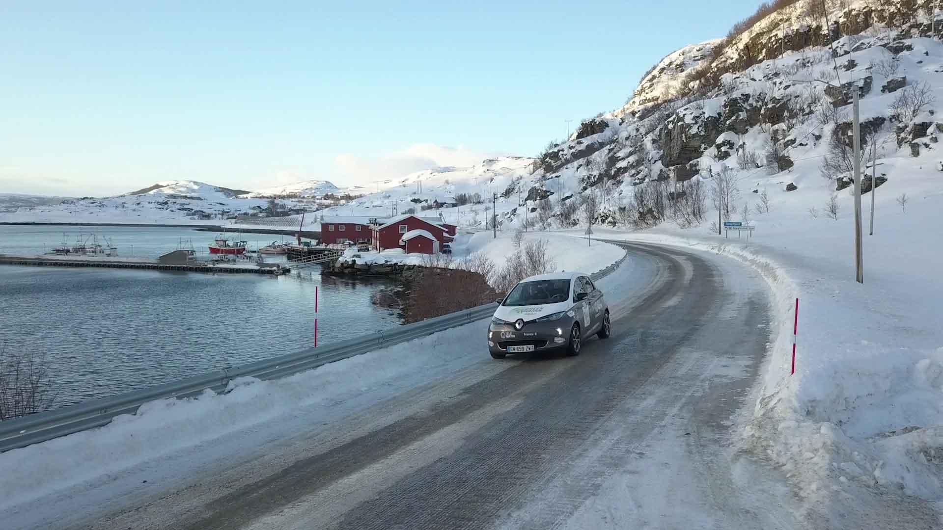 Двум водителям Renault ZOE удалось преодолеть более 200км без подзарядки при -35 °C