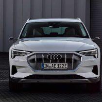 Фотография экоавто Audi e-tron 50 quattro - фото 7