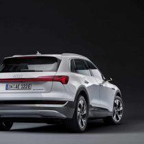 Фотография экоавто Audi e-tron 50 quattro - фото 2