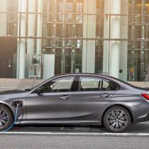 Фотография экоавто BMW 330e 2019 - фото 14